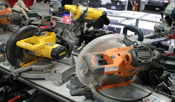Top 3 Reasons to Pawn and Sell Your Power Tools at Your Local Pawn Shop