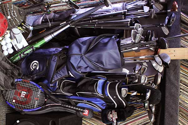 A Guide to Buying and Selling High-End Golf Clubs to a Pawn Shop